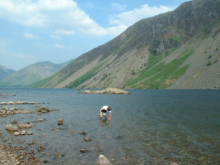 Sampling diatoms from Wastwater